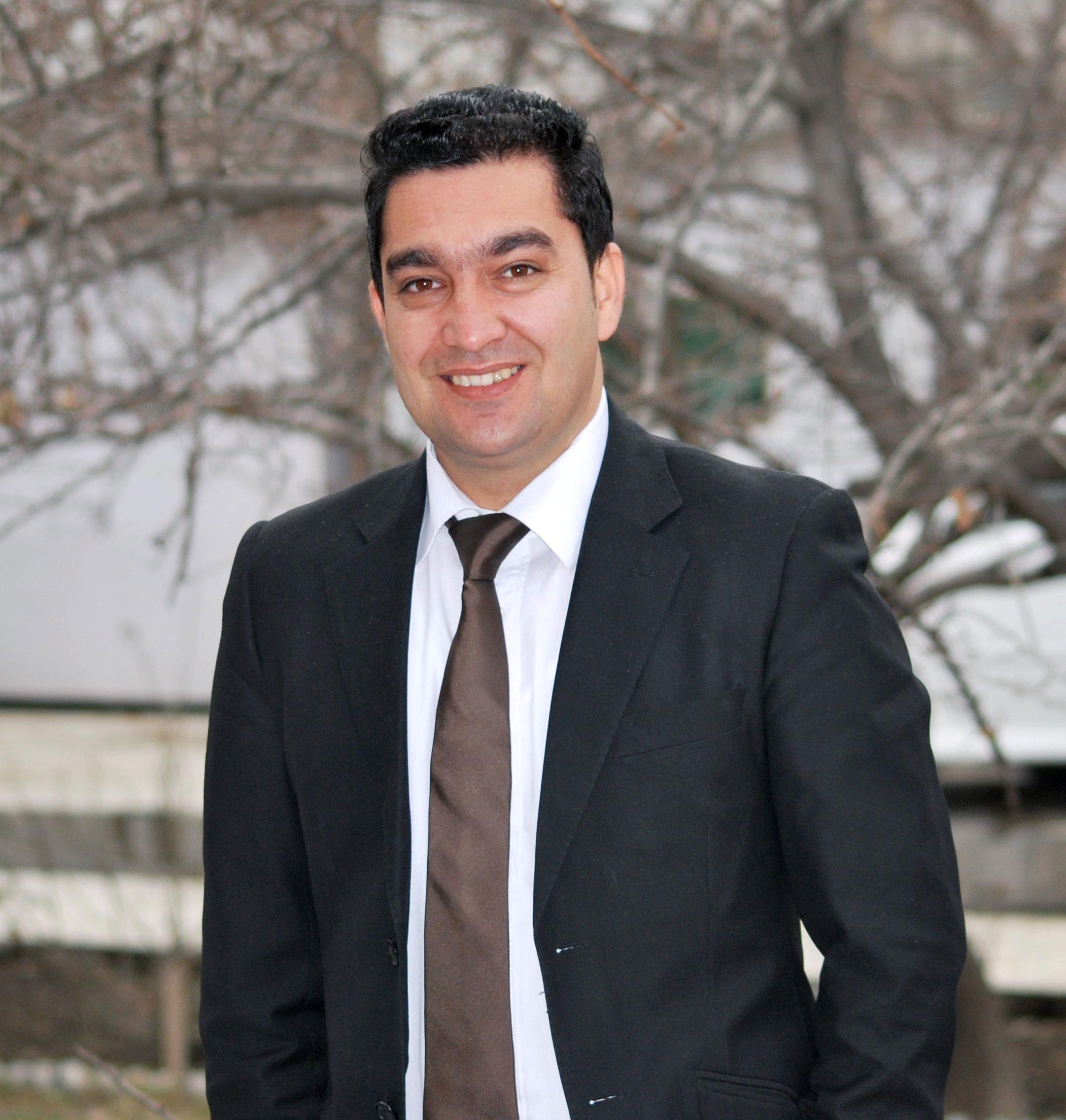 Profile picture of Mansoor