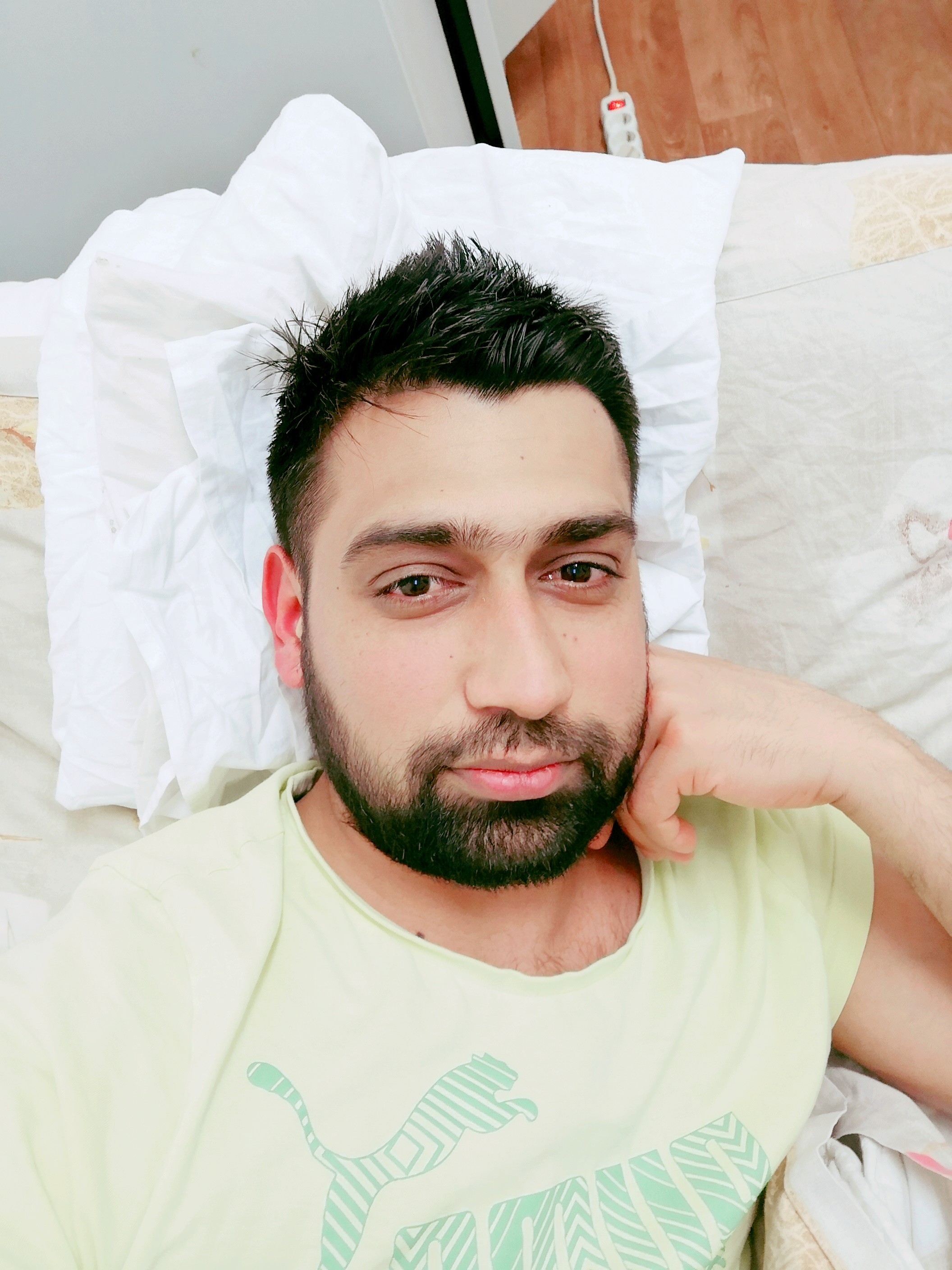 Profile picture of Falak Sher